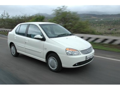 Ahmedabad Airport to Vadodara City Centre Private Transfer